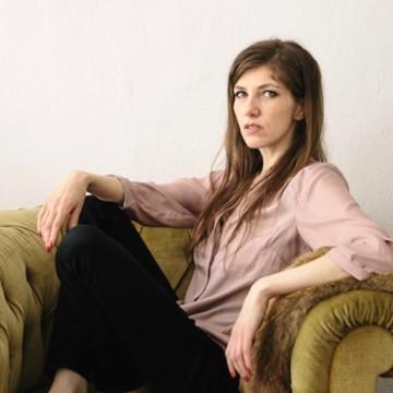 Alexandra Baumgartner, Busche
